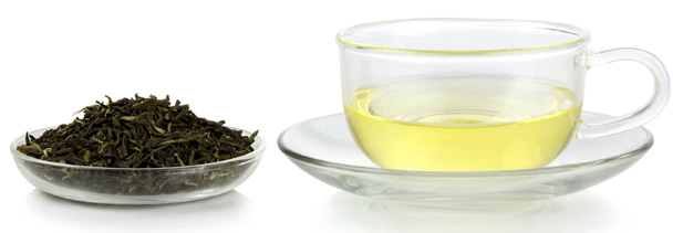 Oolong tea and tea leaves