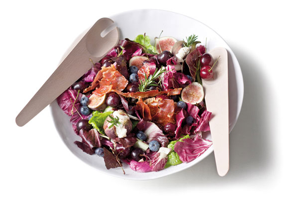 Radicchio, fig & goat cheese salad with raspberry vinaigrette