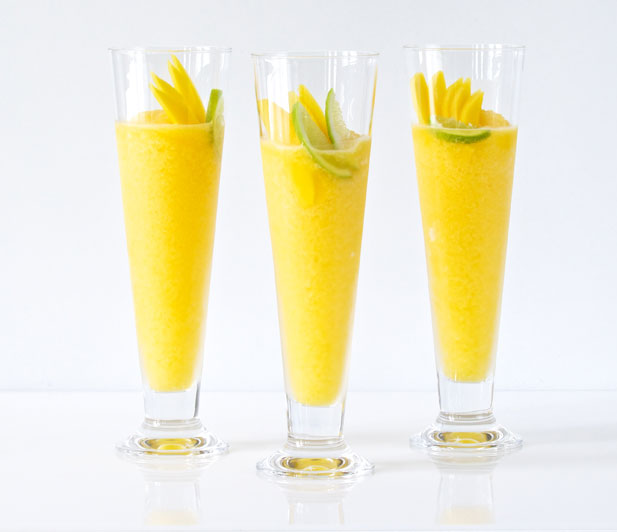 How to make mango daiquiri
