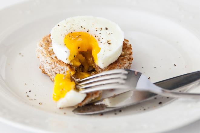 Lékué Ovo Cylindrical Silicone Microwave Egg Poacher