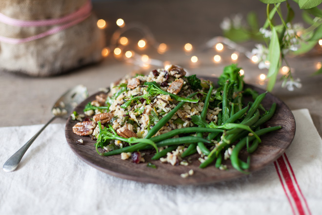 Christmas wild rice salad with caramelised pecan nuts and cranberry ...