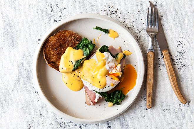 Eggs benedict top view